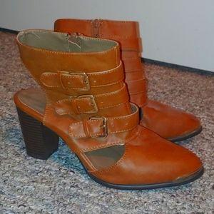 Glaze brown botties